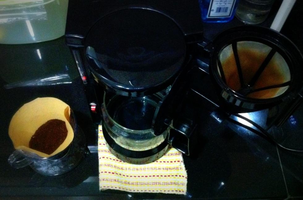 thinking-coffee auto drip pot  (7a)